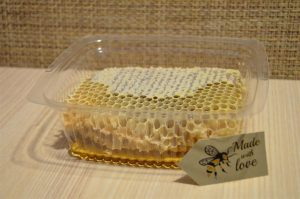 Natural-Pure-Raw-Honeycomb-Squares-100-Organic-Just-Fresh-From-Bee-Hives-262020890933-4